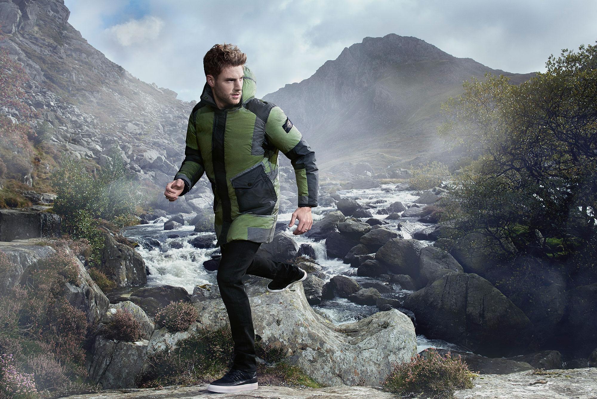 Tessuti-fashion-campaign-men-green-jacket-2000px-wide