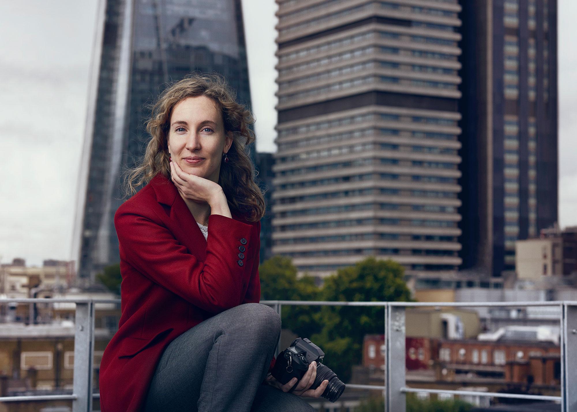 Women-in-data-portraits-Berenice-Pila-Diez-by-Sane-Seven-2000px-wide