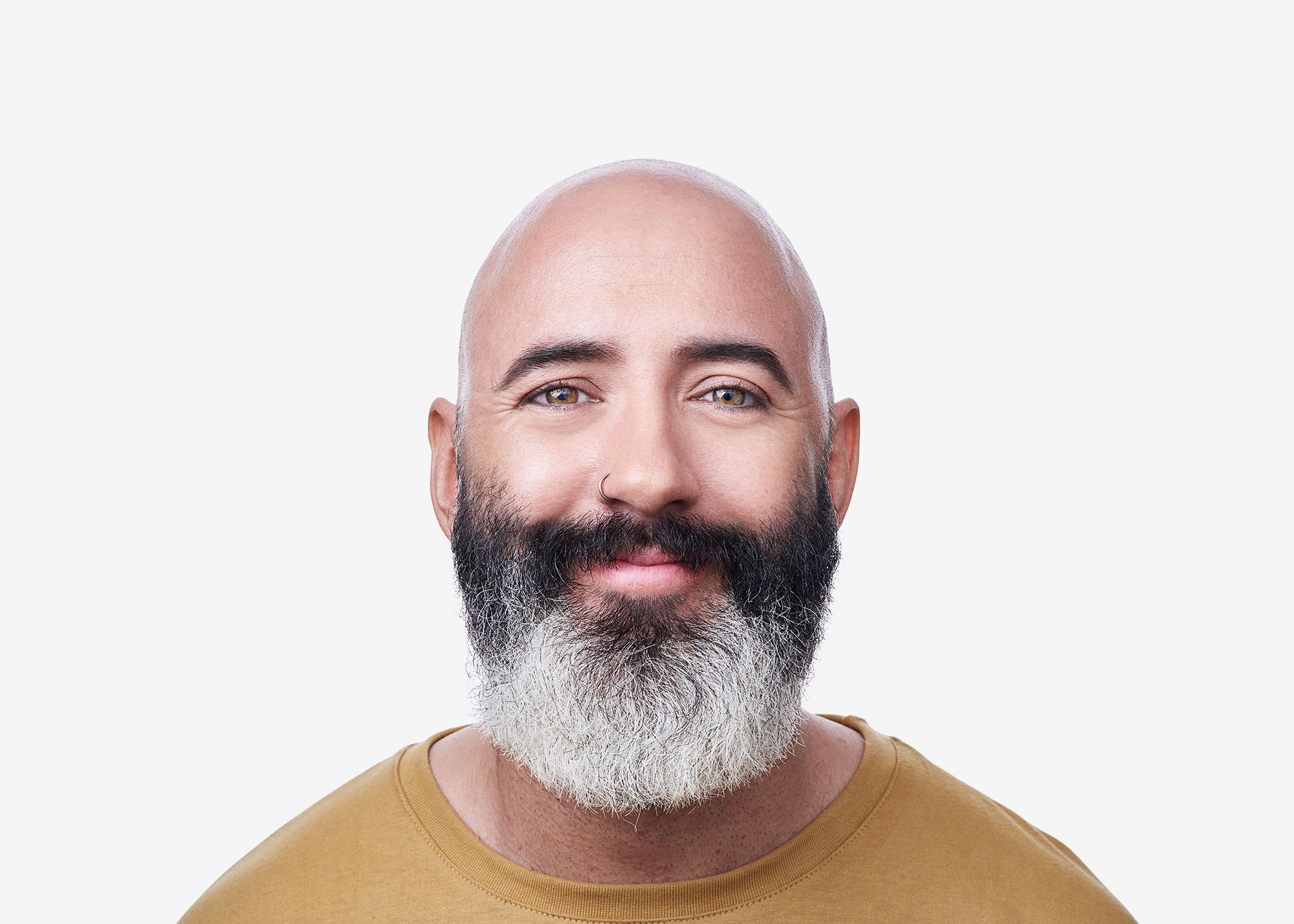 Waldo-contact-lenses-see-the-happiness-campaign-guy-big-beard-smiling-sane-seven-2000px-wide