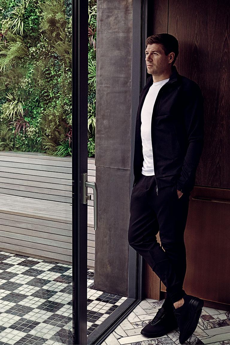 Steven-Gerrard-by-Sane-Seven-campaign-advert-portrait-768-px-wide-portrait